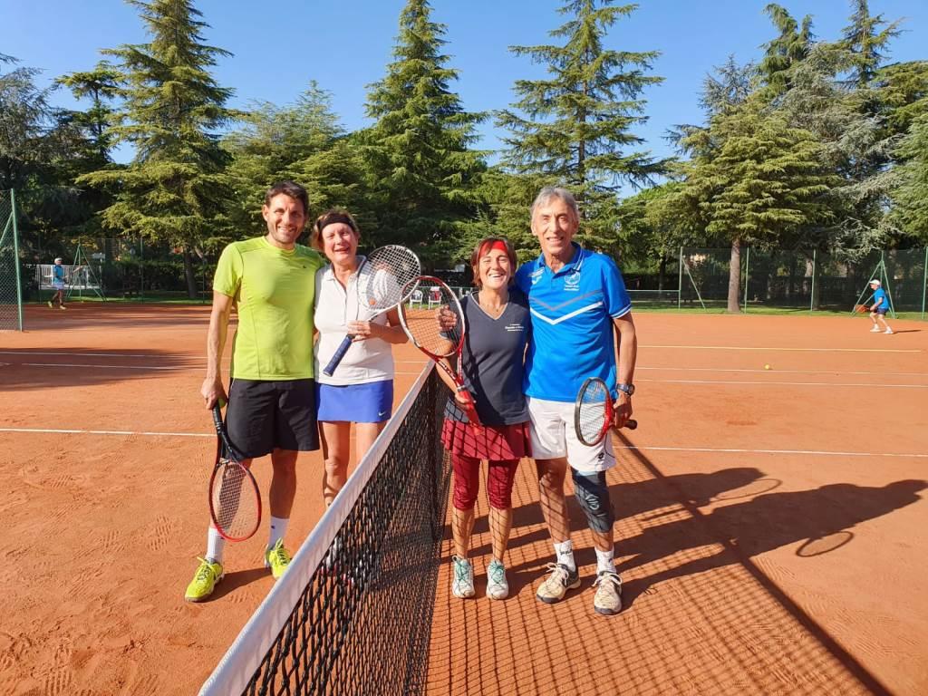 Tennis a Go Go!